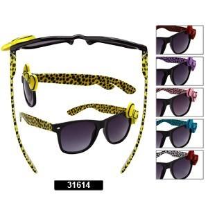 http://www.wholesalediscountsunglasses.com/images/D/cts31614LG.jpg